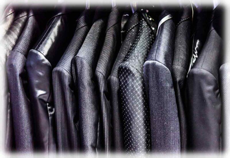 結婚式二次会のネクタイやスーツはカジュアルok 色やストライプと