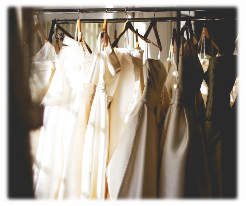 ウェディングドレス レンタル購入