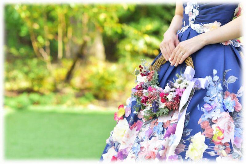 結婚式 カラードレス 6月