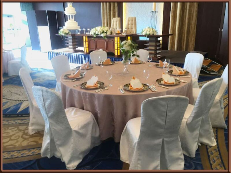 結婚式 テーブルコーディネート シック