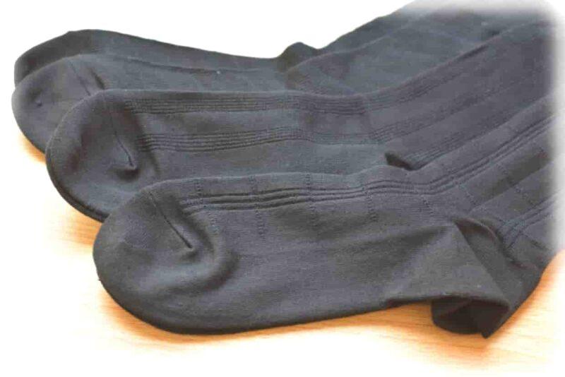 結婚式 靴下 色